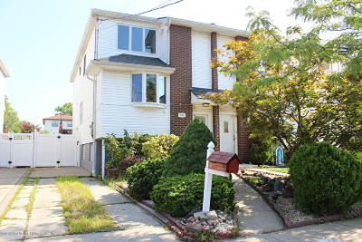 Staten Island Semi-Attached For Sale: 253 Slater Boulevard