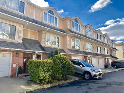 Staten Island Single Family Home For Sale: 145 Alex Circle