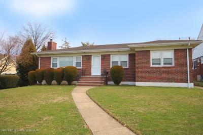 Single Family Home For Sale: 225 Lawrence Avenue