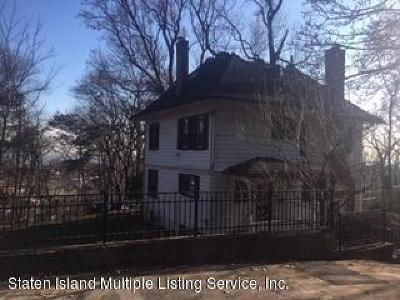 Single Family Home For Sale: 150 Douglas Road