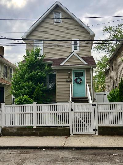 Staten Island NY Single Family Home For Sale: $499,999