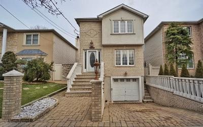 Staten Island NY Single Family Home For Sale: $734,888