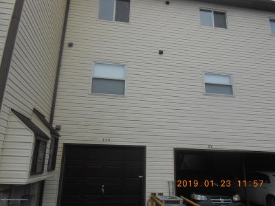 Staten Island Condo/Townhouse For Sale: 330 Timber Ridge Drive