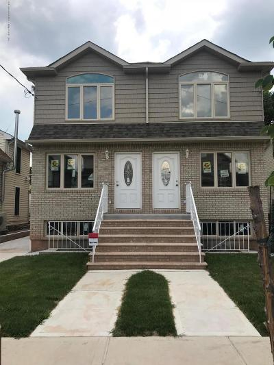 Staten Island Semi-Attached For Sale: 10 Summerfield Place