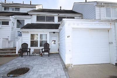Staten Island Single Family Home For Sale: 65 Forest Green