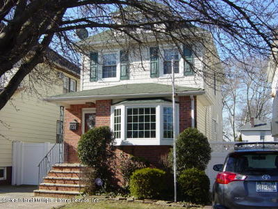 Single Family Home For Sale: 330 Willowbrook Road
