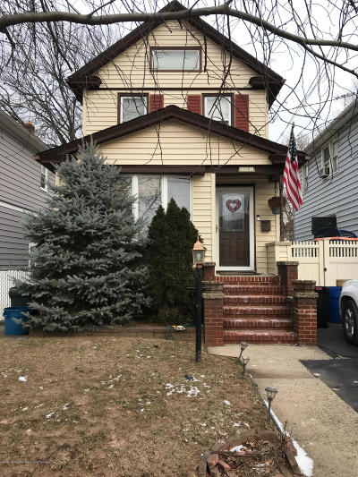 Single Family Home For Sale: 123 Woodbine Avenue