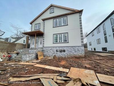 Staten Island Two Family Home For Sale: 6650 Hylan - B Boulevard
