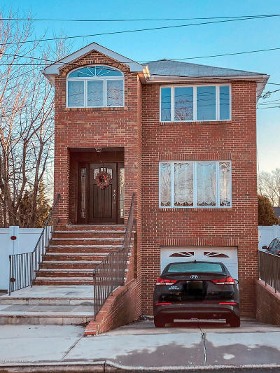 Two Family Home For Sale: 119 Yetman Avenue