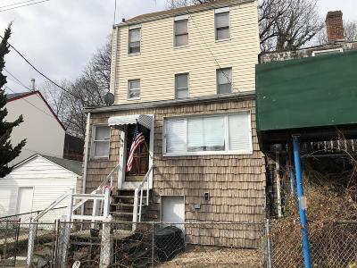 Single Family Home For Sale: 16 Gordon Street