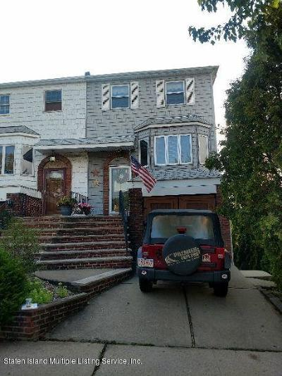 Semi-Attached For Sale: 60 Longdale Street