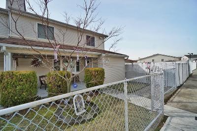 Staten Island Single Family Home For Sale: 21 Regis Drive