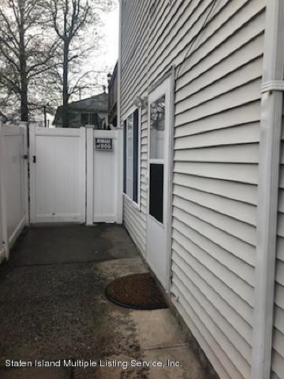 Staten Island Rental For Rent: 15 Red Cedar Lane