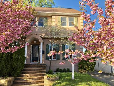 Staten Island Single Family Home For Sale: 69 Locust Avenue