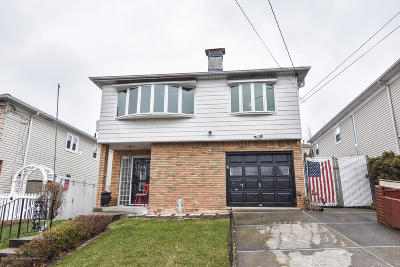Staten Island Single Family Home For Sale: 24 Daleham Street