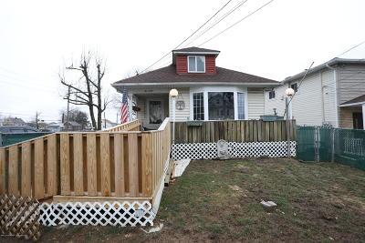 Single Family Home For Sale: 240 Wheeler Avenue