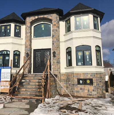 Staten Island Two Family Home Acceptance: 193 Bathgate St