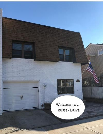 Staten Island Single Family Home For Sale: 29 Russek Drive