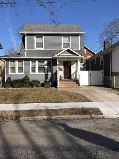 Single Family Home For Sale: 575 Bement Avenue