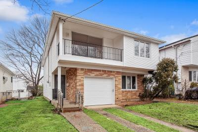 Staten Island NY Two Family Home For Sale: $945,000