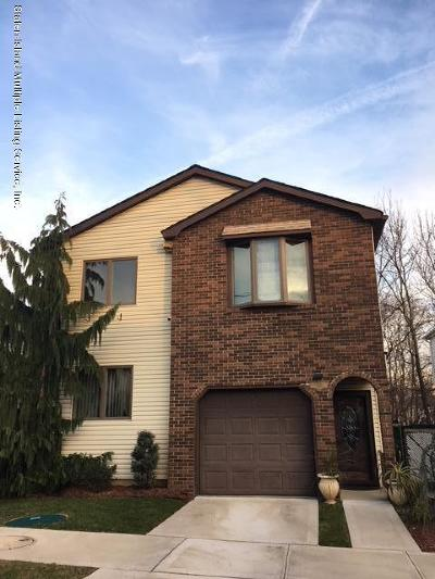 Staten Island Two Family Home For Sale: 100 Marisa Circle