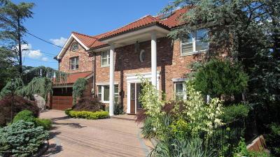 Single Family Home For Sale: 10 Wilson Terrace