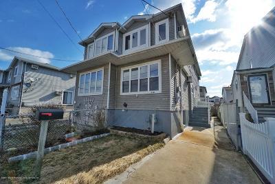 Semi-Attached For Sale: 218 Colony Avenue