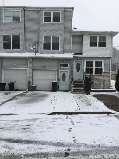 Staten Island Single Family Home For Sale: 230 Lorraine Loop