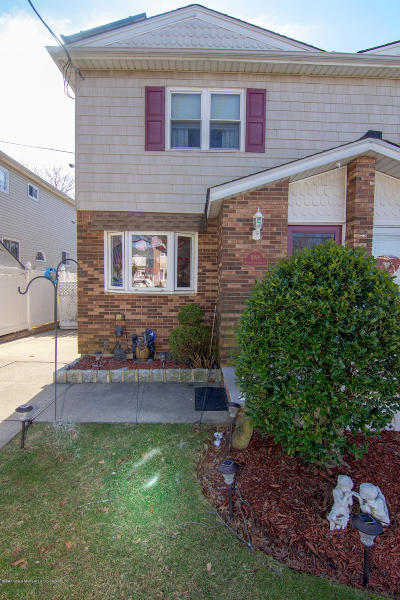 Staten Island Semi-Attached For Sale: 1098 Rensselaer Avenue