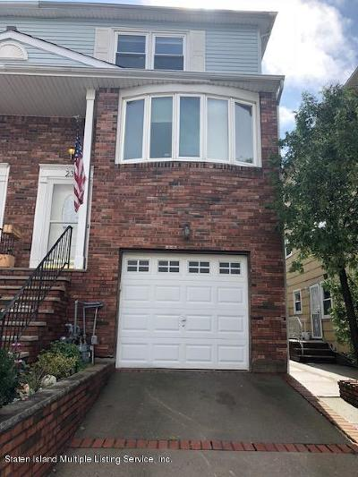 Staten Island Two Family Home Acceptance: 23 Cherrywood Court