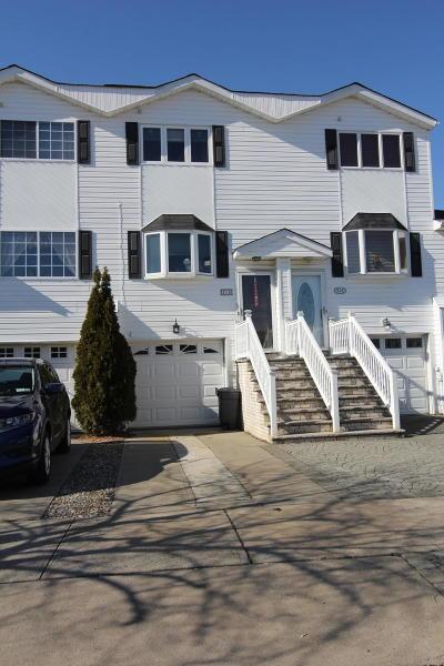 Staten Island Single Family Home For Sale: 515 Medina Street