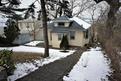 Staten Island Single Family Home Acceptance: 50 Eadie Place