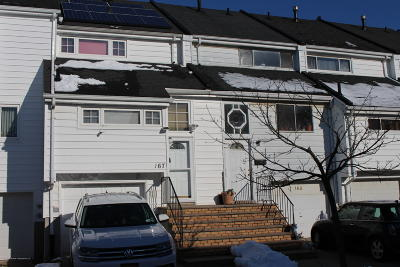 Staten Island Single Family Home For Sale: 167 Forest Green Green