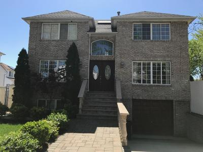 Staten Island Single Family Home For Sale: 47 Hale Street