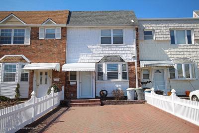 Staten Island Single Family Home For Sale: 283 Hillman Avenue