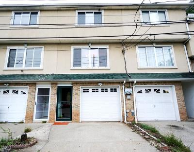 Single Family Home For Sale: 28 Mazza Court