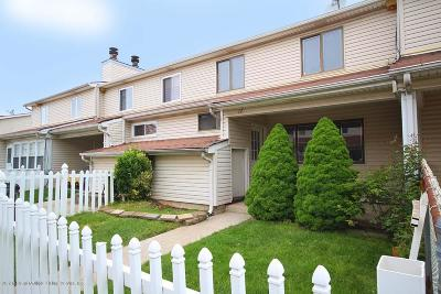 Staten Island Condo/Townhouse For Sale: 12 Ada Drive