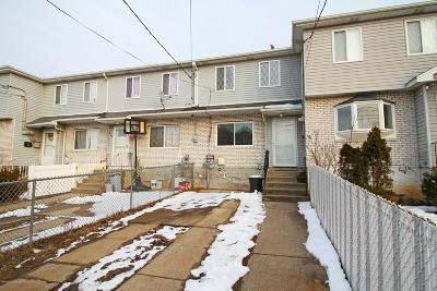 Staten Island Single Family Home For Sale: 142 Kiswick Street