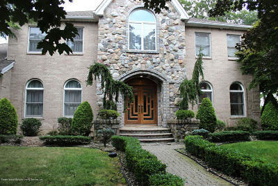 Staten Island Single Family Home For Sale: 9 Poe Court