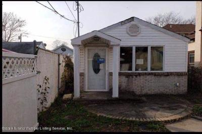 Staten Island Single Family Home For Sale: 84 McLaughlin Street