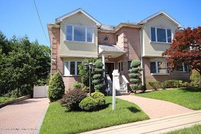 Staten Island Single Family Home For Sale: 12 Vista Place