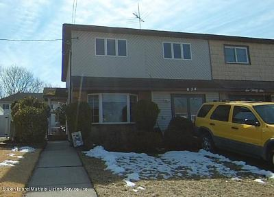 Staten Island Semi-Attached Acceptance: 634 Leverett Avenue