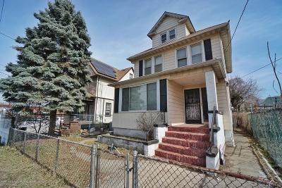 Single Family Home For Sale: 33 Lafayette Avenue