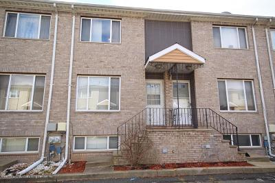 Staten Island Condo/Townhouse For Sale: 37 Bar Court