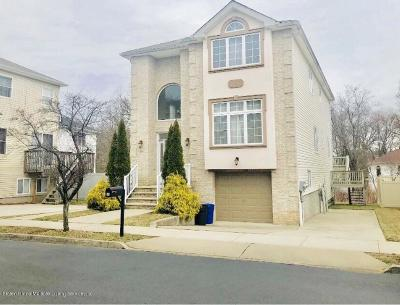 Staten Island Two Family Home For Sale: 19 Brookside Loop