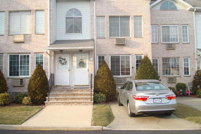 Staten Island Condo/Townhouse For Sale: 11 Yafa Court #11 A