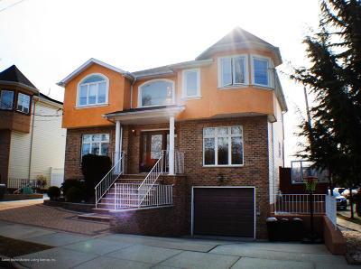 Staten Island Two Family Home For Sale: 22 Alverson Avenue
