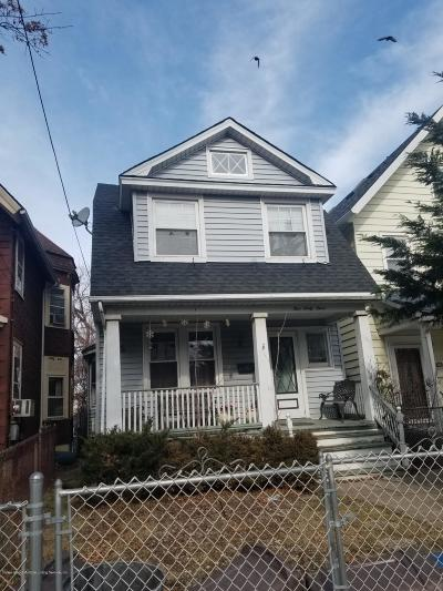 Staten Island NY Single Family Home For Sale: $353,600