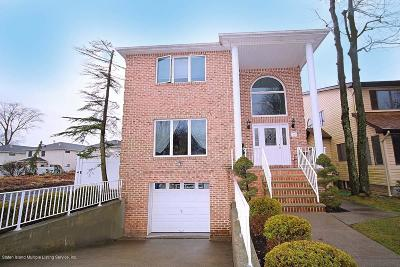 Staten Island NY Two Family Home For Sale: $960,000