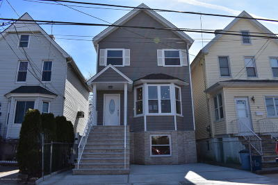 Staten Island Single Family Home For Sale: 72 Virginia Avenue